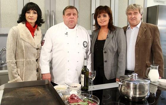 D. Šinkorová, J. Sapík, Eva a Vašek v pořadu Česko na talíři