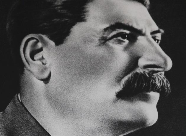 """Mnoho místních Stalina stále omlouvá: """"M�l své chyby, ale byl to velký mu�!""""."""
