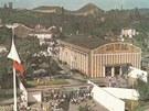 Pohled na výstaviště Černá louka s haldou Ema v pozadí v 60. letech minulého