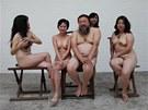 Čínský kontroverzní výtvarník Aj Wej-wej čelí kritice za zveřejnění erotických...