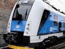 Takto vypadá už nastříkané čelo vlaku RegioPanter, které se lepí na jádro...