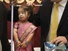 Nejmen�� �ena sv�ta Jyoti Amge je velk� jako panenka.