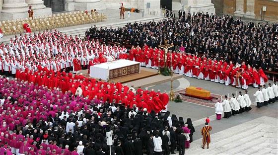 Papež Jan Pavel II. zemřel 2. dubna 2005 v 84 letech. Jeho pohřeb se konal o...