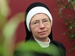 Sestra Angelika Pint��ov� pe�ovala o V�clava Havla od z��� 2011