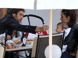 Javier Bardem, Pen�lope Cruzov� a jejich syn Leo