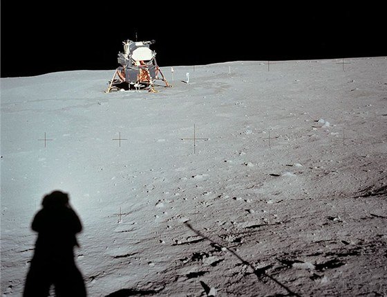 Apollo 11 - p�ist�n� na M�s�ci