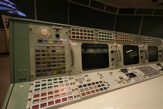 Původní středisko řízení vesmírných letů, ze kterého monitorovali například let...