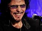 Kytarista Black Sabbath Tony Iommi na tiskové konfereci, kde kapela oznámila