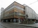 Budova olomouckého obchodního domu Prior s charakteristickým betonovým...