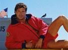 David Hasselhoff ve sv� nejslavn�j�� roli v seri�lu Pob�e�n� hl�dka