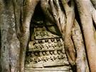 Trosky chrámového komplexu Angkor Vat v Kambodži