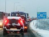 Ostravu kvůli opravě Svinovských mostů sužují dopravní komplikace. Na