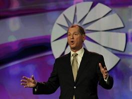 Garry Shapiro p�i �vodn� �e�i na CES 2012