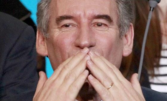 Francois Bayrou, francouzský prezidentský kandidát strany MoDem při politickém