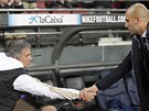 HODN TST. Jos Mourinho, trenr Realu (vlevo), si pots rukou s Pepem...