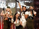 Spice Girls vystoupili bhem pehldky znaky Victoria's Secret v Hollywoodu