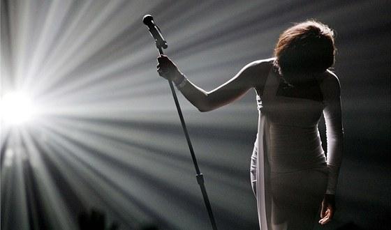 Whitney Houston při předávání American Music Awards v listopadu 2009.