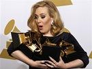 Grammy 2012 -  Adele se svými šesti cenami (Los Angeles, 12. února 2012)