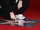Matt Groening u sv� hv�zdy na hollywoodsk�m chodn�ku sl�vy