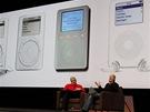 Tony Fadell (vpravo) otec iPodu a také autor prvního termostatu, který se naučí zvyky uživatele a podle toho mu reguluje v domácnosti teplotu.