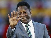 POZDRAV OD LEGENDY. Finále Afrického poháru národ� si nenechal ujít ani...