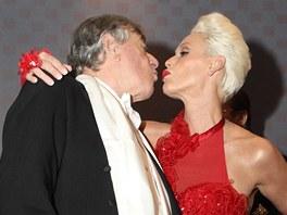 Bývalá manželka Stalloneho byla doprovodem rakouského podnikatele na vrcholné