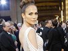 Jennifer Lopezov� uk�zala v rafinova�ch �atech Zuhaira Murada sv� dokonal� t�lo.