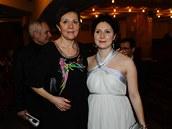 Český lev 2012 - Lenka Termerová s dcerou Marthou Issovou