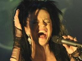 Lucie Bílá zahájila 9. 3. 2012 v Polné společné turné s metalovým Arakainem