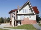 Vila podnikatele Milo�e Hole�ka vyrostla v rozporu s �zemn�m pl�nem p�r des�tek