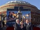 Režisér James Cameron, Kate Winsletová a Billy Zane na světové premiéře filmu