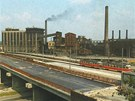 Koksovna Karolina na konci 70. let v dob� stavby Fr�dlantsk�ch most�.