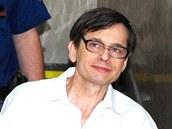 Karel Šimko při zahájení soudního líčení v březnu 2012. Tehdy ještě byl ve vazbě