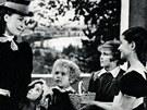 paní kněžna: Marie Glázrová, babička: terezie Brzková, Barunka: Nataša Tánská,