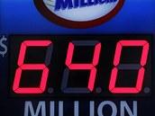 JACKPOT PADL. V americké loterii Mega Millions padl nejvy��í jackpot v historii