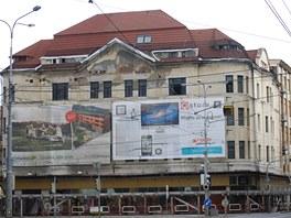 �alostn� stav m�dn�ho domu Ostravica-Textilia v centru Ostravy.