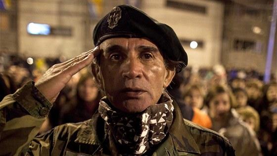 Argentinci souostroví neřeknou jinak než Malvíny a považují ho za součást...