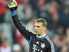 Vítězné gesto brankáře Neuera z Bayernu: Jsme v semifinále Ligy mistrů!