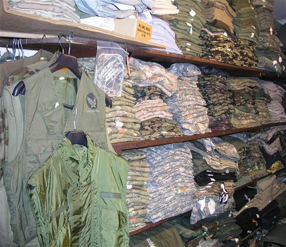 M1 Armyshop - oděvy