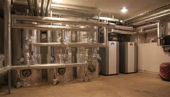 Vytápění školy ve Voděradech zajišťují tepelná čerpadla firmy PZP II