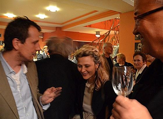 Nina Mitrović v diskusi po premiéře v Činoherním klubu s režisérem Martin