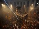 Desetitis�ce ortodoxn�ch v���c�ch zaplavily Jeruzal�m, aby se z��astnily...