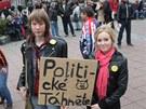 Protestní akce Holešovské výzvy na náměstí Míru ve Zlíně (15. dubna 2012).