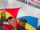 Program sdružení Hradecká výzva přilákal na hradecké Masarykovo náměstí asi 200