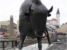Na dokončovaném přerovském Tyršově mostu už je i socha zubra, který má původ ve