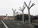 Další sochy na dokončovaném přerovském Tyršově mostu.