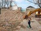 Domy v bývalém romském ghettu v přerovské Škodově ulici se změnily v...