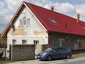 D�m v Ost�et�n�, kter� si koupila soudkyn� Jaroslava Zuskov�.