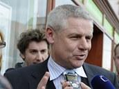 Poslanec Milan ��ov��ek odstoupil z funkce m�stop�edsedy V�c� ve�ejn�ch. (18.