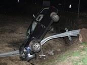 Dopravní nehoda na kruhovém objezdu ve vrchlabské Valteřické ulici (12. dubna